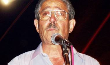 HCD-Placa recordando a Mario Ruiz