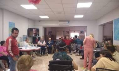 Los Adultos Mayores del Hogar El Remanso, festejaron el Día del Amigo