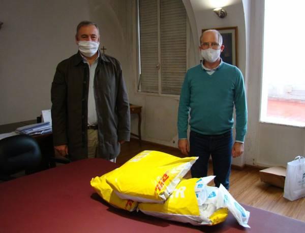 Guarco hizo una nueva donación de barbijos y vacunas al Municipio