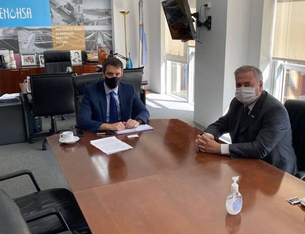 Reunión entre FEDECOBA y el ENHOSA para potenciar el sector Cooperativo de Agua y Saneamiento