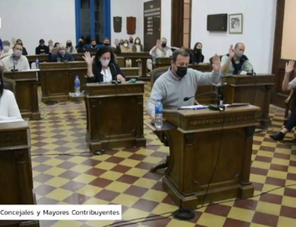 Asamblea de Concejales y Mayores Contribuyentes: Aprueban el empréstito de 25 millones de pesos para compra de maquinaria