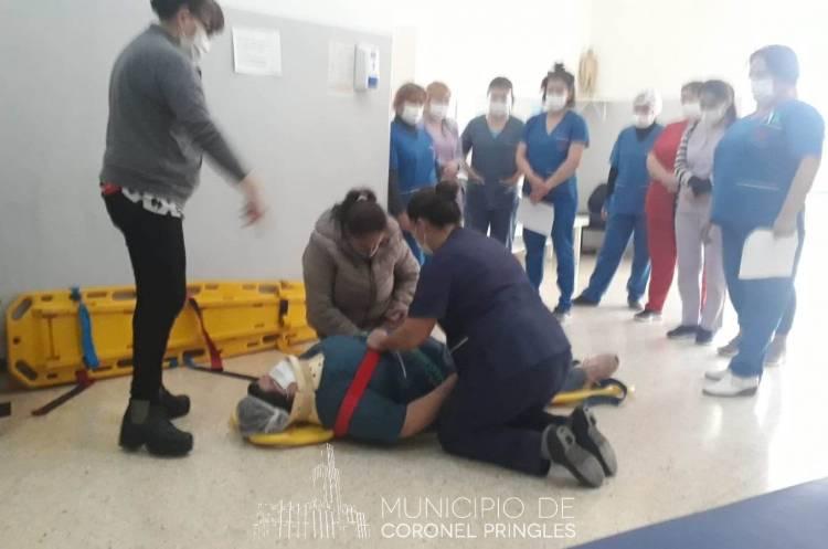 Capacitación práctica a enfermeros